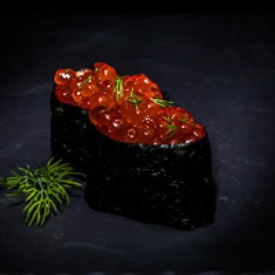 Oeuf de saumon, brin d'aneth