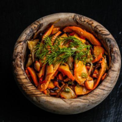 Salade de calamars et de légumes