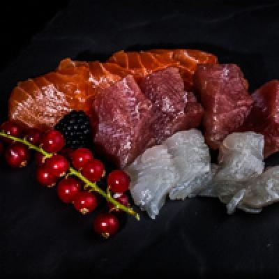 Sashimi assortiment 4 saumons, 4 thons, 4 daurades