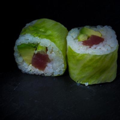 Spring ROLL 11 - Thon, avocat, sauce spicy, concombre