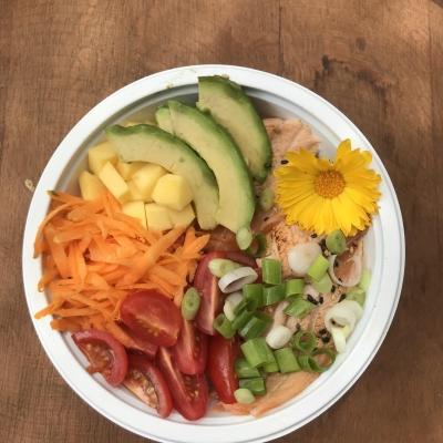 Poke Bowl Saumon Tartare mi-Flambé Avocat